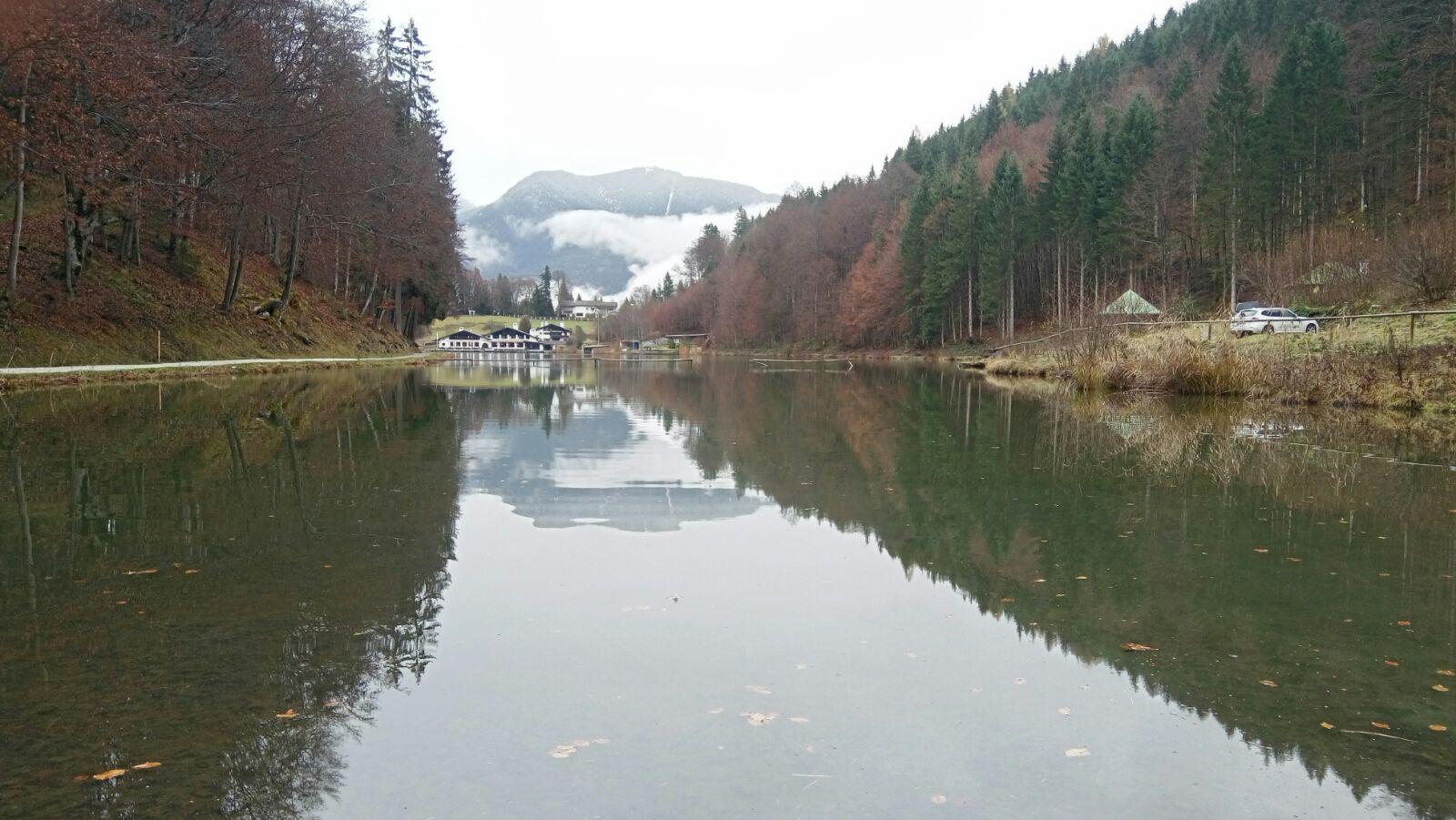 Bavyera Alplerinde göl