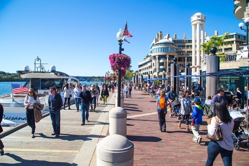 Keyifle yürüyüş yapıp, vakit geçirebileceğiniz Waterfront
